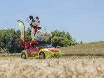 Le Журнал de Mickey автомобильное Тур-де-Франс 2016 стоковая фотография