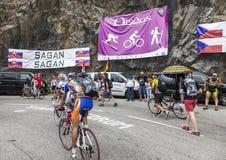 在Le环法自行车赛路的风扇 库存图片