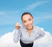 Le affärskvinnan med hustangenter Arkivbilder