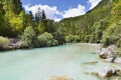 Le alpi di Julian nel fiume di Soca - della Slovenia Fotografia Stock Libera da Diritti