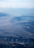 Le alpi ed il cielo dall'aereo Fotografie Stock
