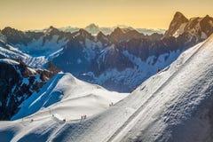 Le alpi sopra Chamonix-Mont-Blanc Immagini Stock Libere da Diritti
