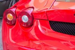 Le automobili sportive eccellenti di lamborghini di maserati e di Ferrari vanno in automobile la valle Immagine Stock