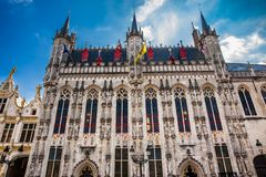 Le bâtiment d'hôtel de ville de Bruges images libres de droits