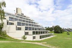 Le bâtiment de ziggurat à l'université d'East Anglia image libre de droits
