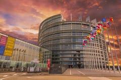 Le bâtiment du Parlement européen photos stock