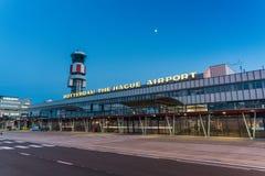 Le bâtiment principal de l'aéroport de Rotterdam la Haye Photos stock
