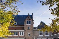 Le bâtiment sur la place a appelé Het Hof, Dordrecht, Pays-Bas image stock