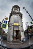 Le bâtiment sur le coin de cinq coins Un de symboles de c Photos libres de droits