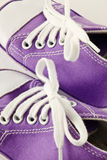 Le bébé folâtre des chaussures Photos stock