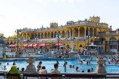 Le bain médicinal de Szechenyi le plus ancien est le plus grand bain médicinal en Europe Images stock