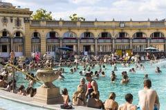 Le bain médicinal de Szechenyi le plus ancien est le plus grand bain médicinal en Europe Photo stock