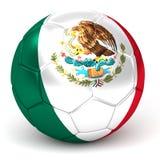 Le ballon de football avec le drapeau mexicain 3D rendent Image libre de droits