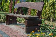Le banc en bois Photographie stock