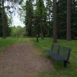Le banc en parc Photographie stock libre de droits