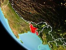 Le Bangladesh la nuit sur terre Photos stock