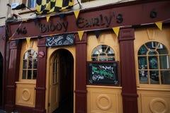 Le bar de Biddy Early dans Kilkenny du centre, Irlande Photo stock