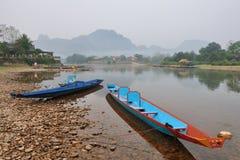 Le barche nel fiume Fotografia Stock
