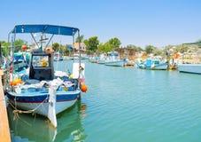 Le barche sul fiume Fotografie Stock Libere da Diritti