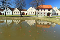 Le baroque rural dans Holasovice photos libres de droits