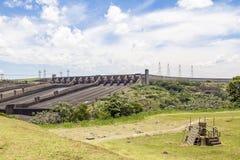 Le barrage d'Itaipu, Foz font Iguacu, Brésil Images libres de droits