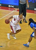 Le basket-ball 2013 de NCAA - pilotez au panier Photo libre de droits