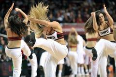 Le basket-ball 2013 des hommes de NCAA - majorette ou danseur Photographie stock libre de droits