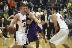 Le basket-ball des hommes de NCAA Image stock