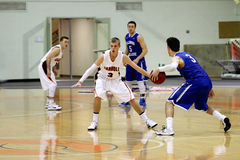 Le basket-ball des hommes de NCAA Photographie stock libre de droits