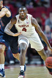 2015 le basket-ball des hommes de NCAA - FDU au temple Photographie stock libre de droits