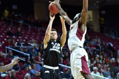 2014 le basket-ball des hommes de NCAA - TEMPLE contre LIU Photo libre de droits