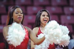 2014 le basket-ball des hommes de NCAA - TEMPLE contre LIU Photographie stock libre de droits
