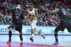 2015 le basket-ball des hommes de NCAA - Temple-Tulsa Photo libre de droits