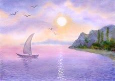 Le bateau à voiles sur la mer contacte le soleil Image stock
