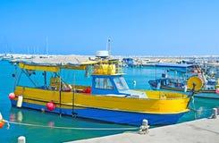 Le bateau coloré Image libre de droits