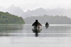 Le bateau dans le lac Photo libre de droits