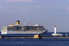Le bateau de croisière Costa Deliziosa est entré dans le port d'Odessa Photographie stock libre de droits