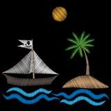 Le bateau de pirate avec la broderie de palmier pique l'imitation sur le noir Photos stock
