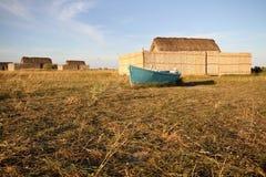 Le bateau et la maison du pêcheur photos libres de droits