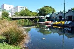 Le bateau jette sur la rivière d'Avon Christchurch - Nouvelle-Zélande Photographie stock libre de droits