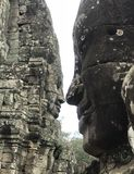Le beau Bouddha de baiser gigantesque font face photographie stock