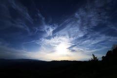 Le beau ciel bleu-foncé Images libres de droits