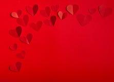 Le beau jour de valentine rouge de coeurs Photos libres de droits