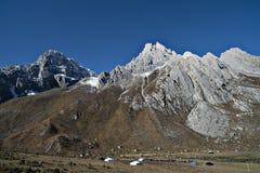 Paysage des montagnes image stock