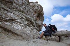 Le beau sphinx Structures rocheuses géomorphologiques en montagnes de Bucegi, Roumanie images libres de droits