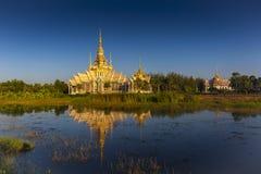 Le beau temple chez Wat Luang Phor Tor dans Korat, province de Nakhonratchasima images libres de droits