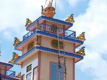 Le beau temple obtiennent la peinture fraîche Image libre de droits