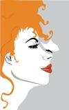 Le beau visage d'une fille avec un papillon Image libre de droits