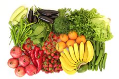 Le bel appartement étendent la composition avec différents genres d'assortiment mélangé de fruits frais, de légumes et d'herbes s photographie stock libre de droits