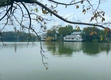 Le belle immagini del lago ad ovest, un punto scenico in Cina fotografie stock